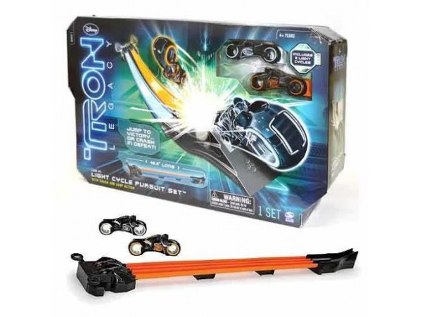 DISNEY TRON LEGACY LIGHT CYCLE PURSUIT YARIS PARKURU